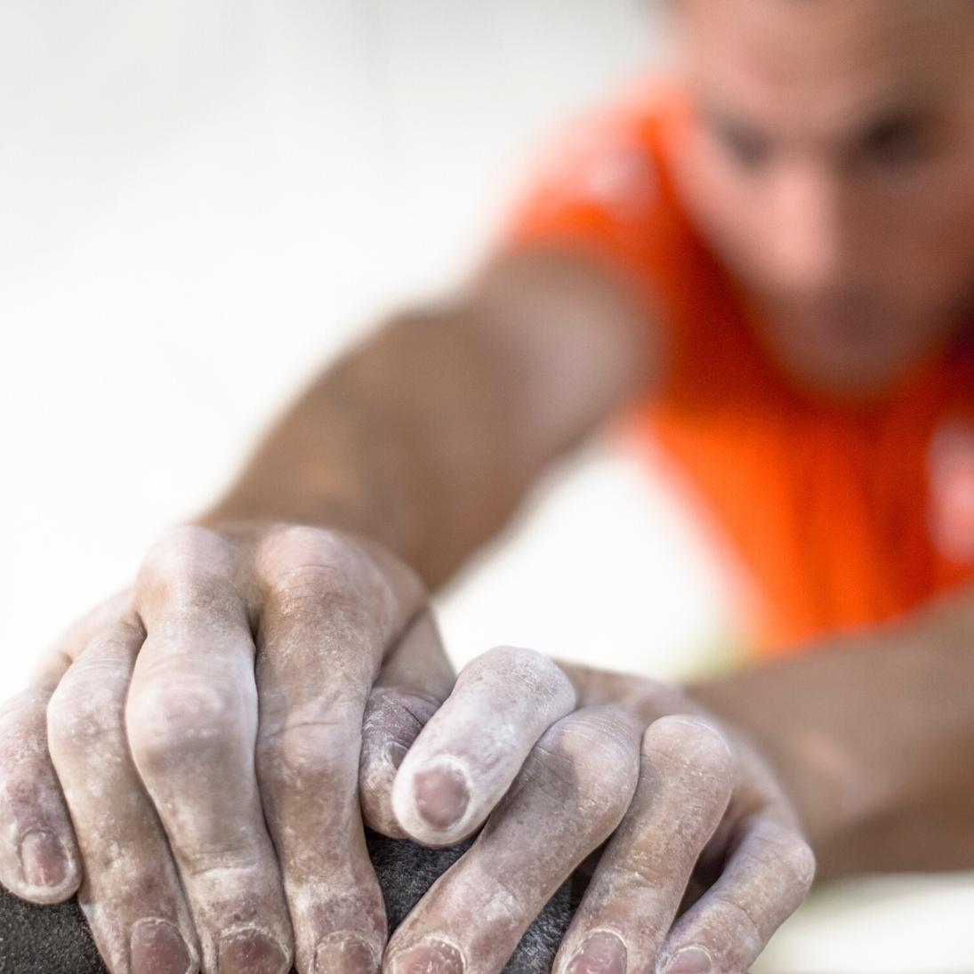 Sådan undgår du klatreskader - Er der sammenhæng mellem klatreevne og skadefrekvens?