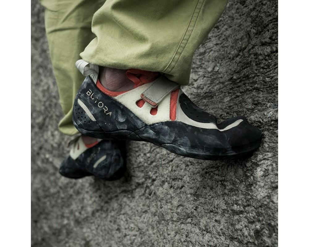 Acro Oragne klatresko med perfekt pasform