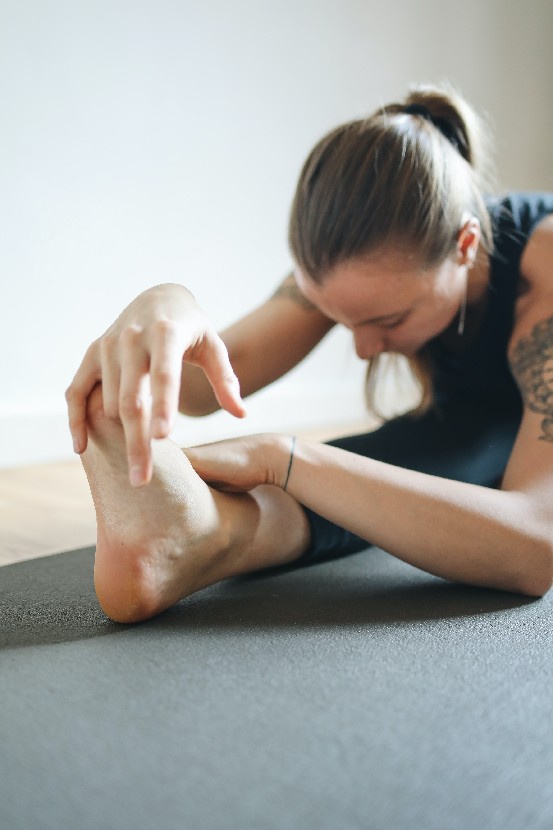 Blog Awesome Stretches Before Hitting The Wall How Flexible Are You